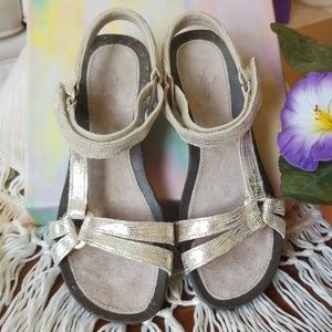Teva Shoes - Teva Ventura Metallic Leather Wedge Sandals